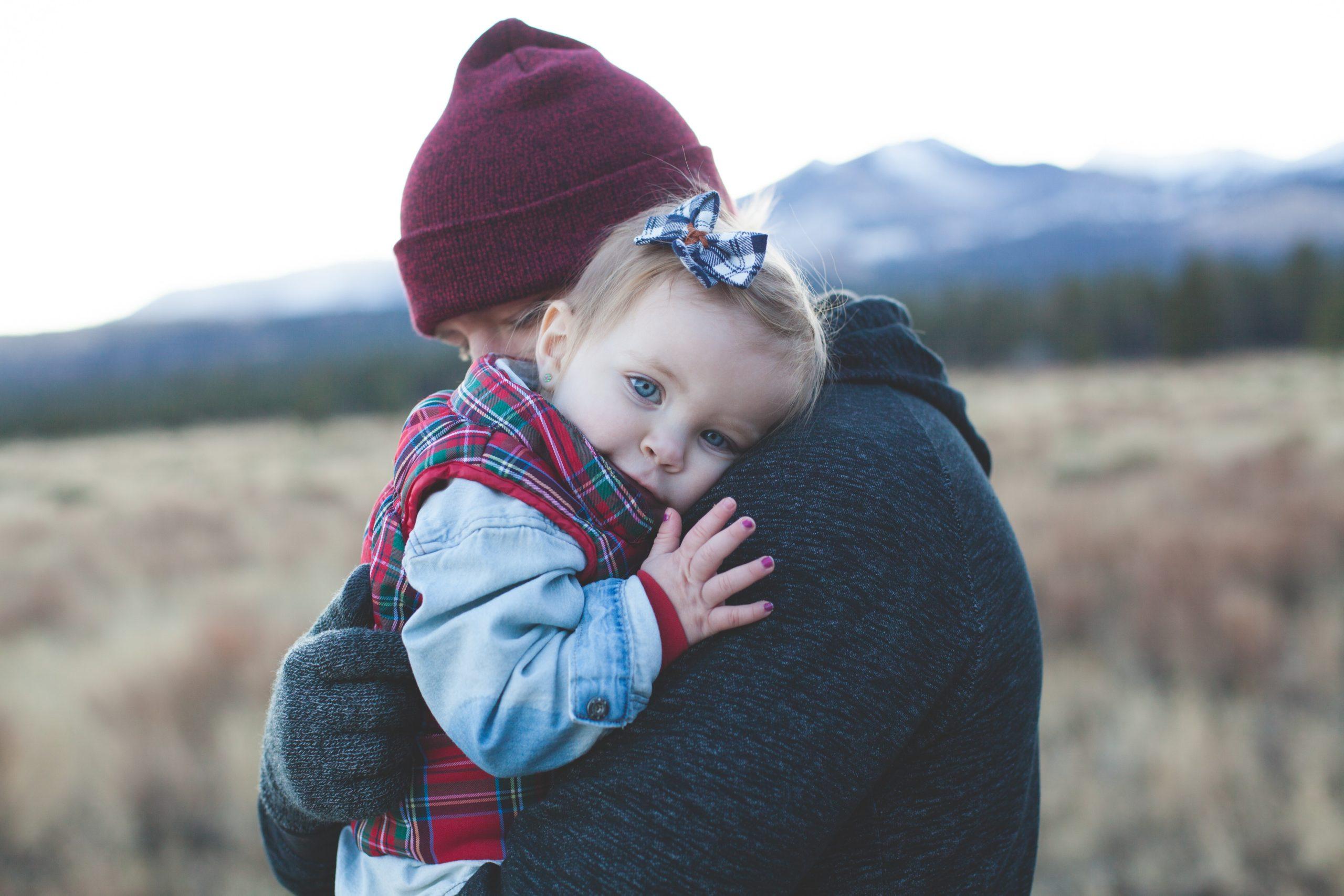 Os cuidados excessivos de pais superprotetores