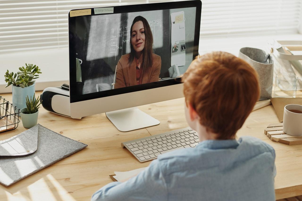 Formas de manter a disciplina nas aulas virtuais