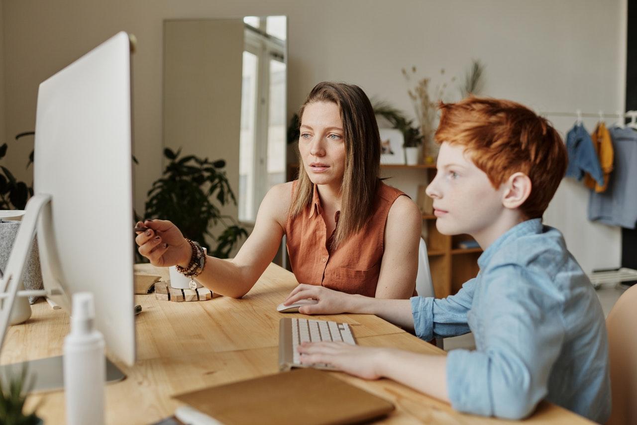 Como preparar as crianças para as aulas online